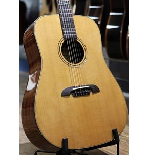 Alvarez MD65 Masterworks Acoustic Guitar, Natural